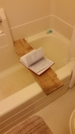 writing in tub